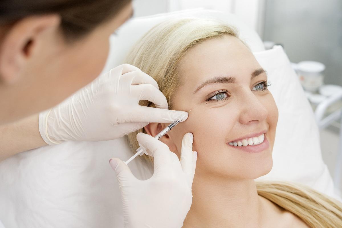 woman getting dermal fillers